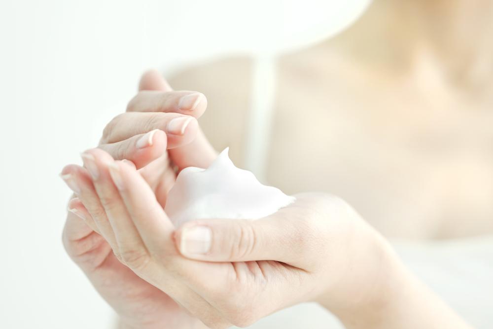 洗顔時の指使いが重要!?肌トラブルを回避しよう