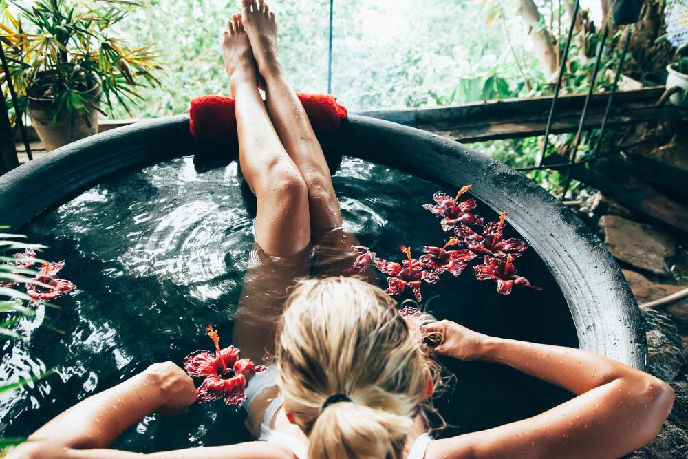 「夏のお風呂シャワーだけ」がダメな理由とは!?肌を綺麗にする入浴ポイント